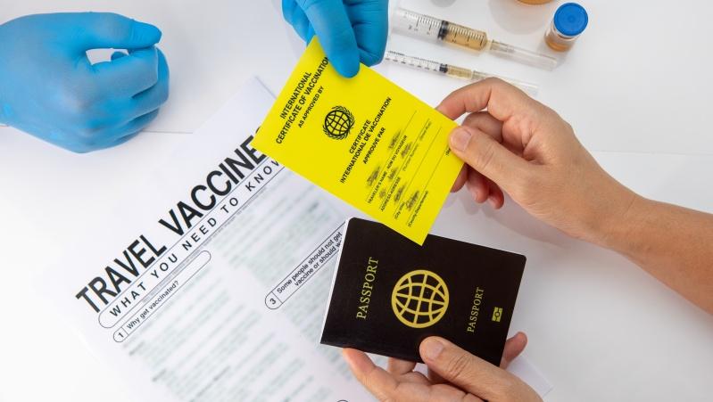 """JK valdžia atmeta """"vakcinos pasų"""" įvedimą"""