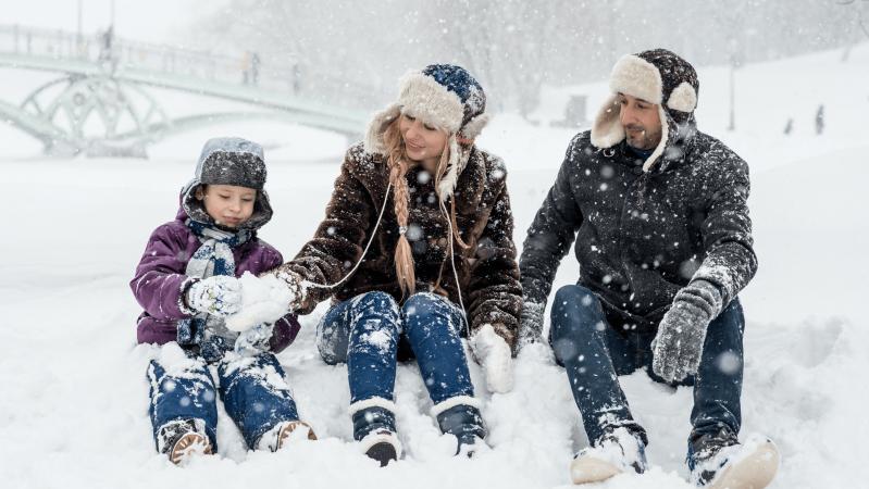 JK gyventojai įspėjami niekur nevykti: sniego audra gali palikti ir be elektros