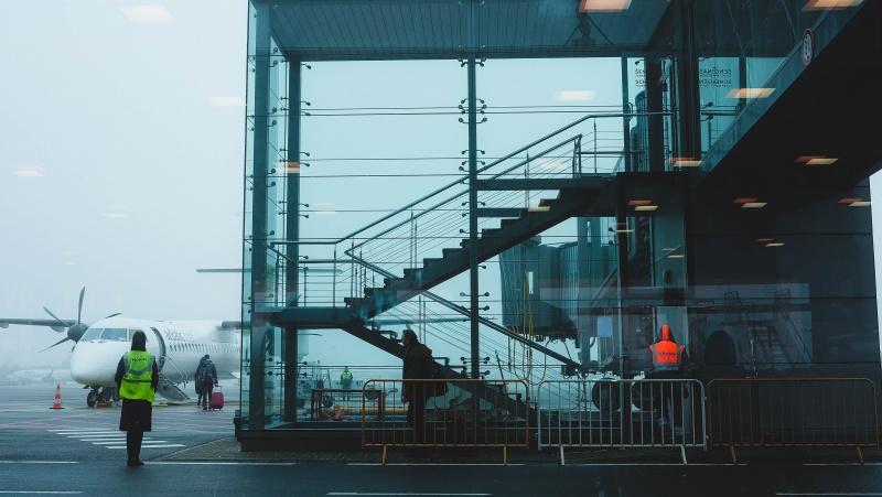 JK įsigalioja kelionių karantinas: Škotijoje jis dar griežtesnis nei likusioje šalies dalyje