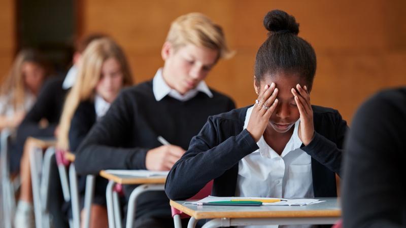 Dėl A lygio ir GCSE egzaminų rezultatų nuspręs mokytojai