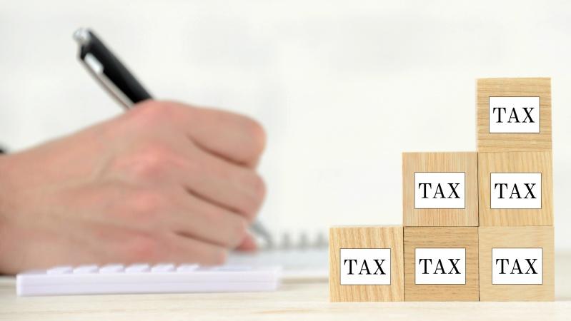 """JK iždo sekretorius gina savo mokesčių planus, juos vadina """"sąžiningu būdu išspręsti problemas"""""""