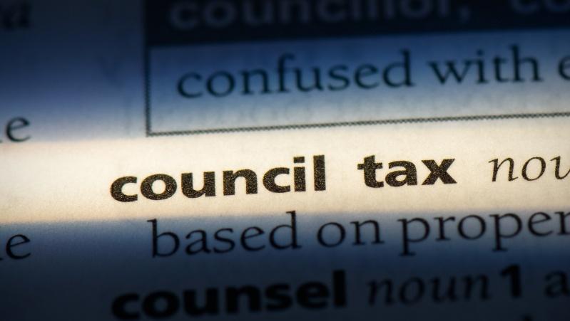 """JK ruošiasi """"konsulinio"""" mokesčio augimui, tikimasi papildomai per metus surinkti £7,5 mlrd."""