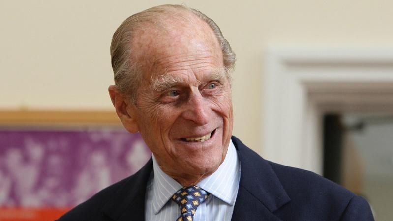 Britanijos karalienės vyras po mėnesio išleistas iš ligoninės