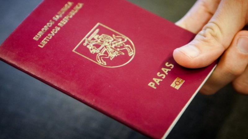 JK lietuviams karantino metu nebereikės keliauti į ambasadą, norint pasikeisti pasą