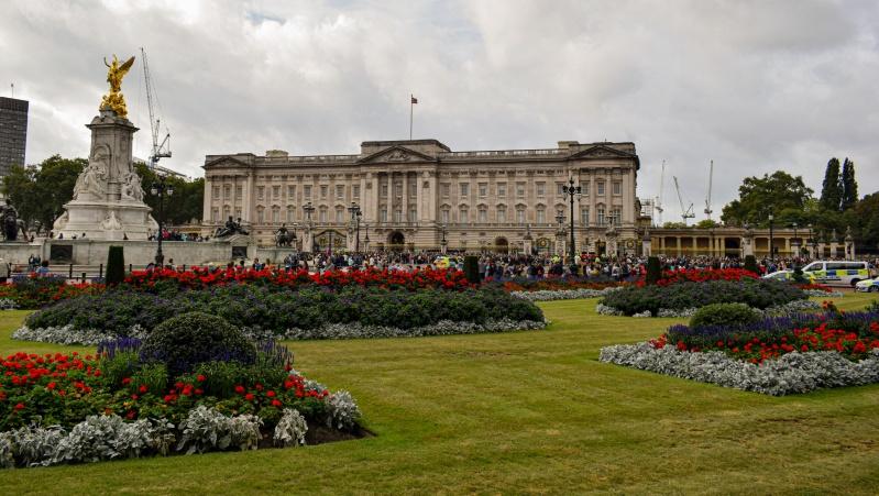 Lankytojams atveriami Buckingham'o rūmų sodai