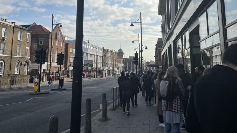 Londone bandoma pažaboti Pietų Afrikos koronaviruso atmainą