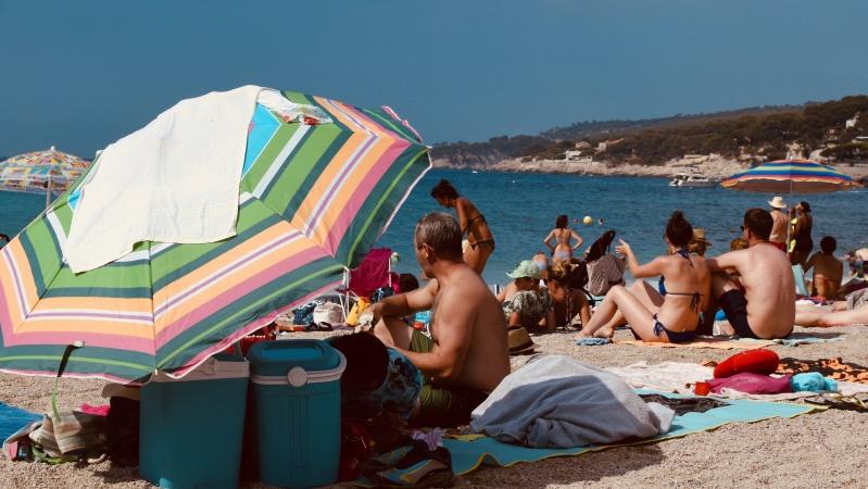 JK gyventojams drąsiai žadama galimybė atostogauti užsienyje