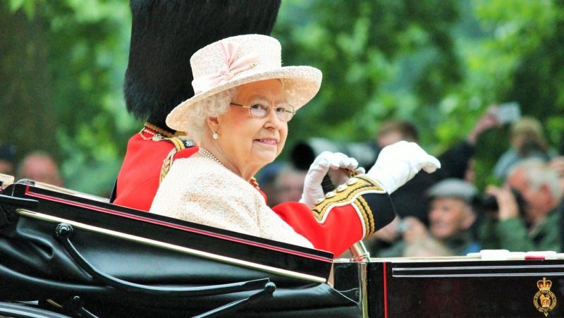 Britanijos karalienei sukanka 95-eri, gimtadienį paminės kukliai