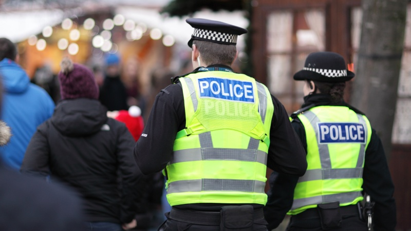 Komitetas: visos karantino baudos JK turi būti peržiūrėtos