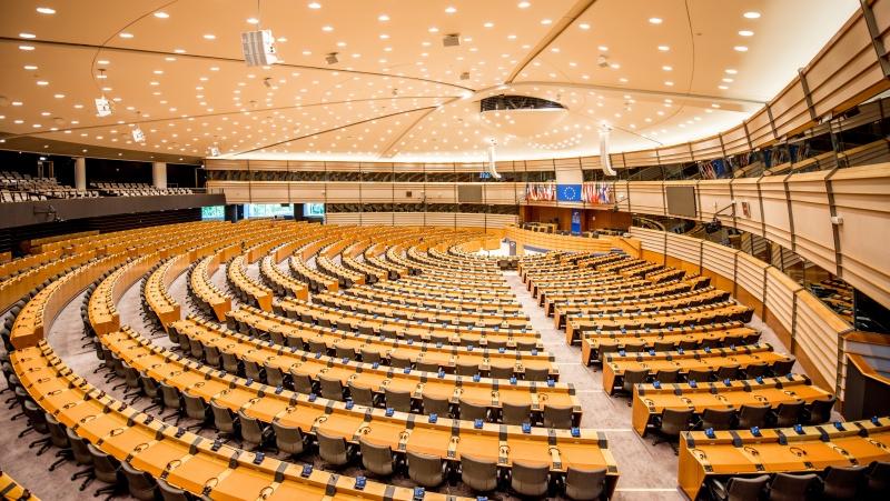 """Europos Parlamentas patvirtino """"Brexit"""" prekybos susitarimą su JK"""
