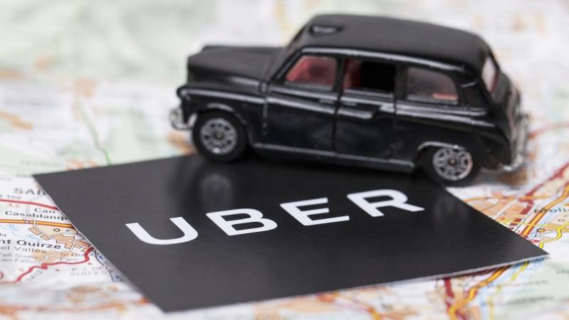 """JK laisvėjant karantinui """"Uber"""" planuoja įdarbinti 20 tūkst. vairuotojų"""