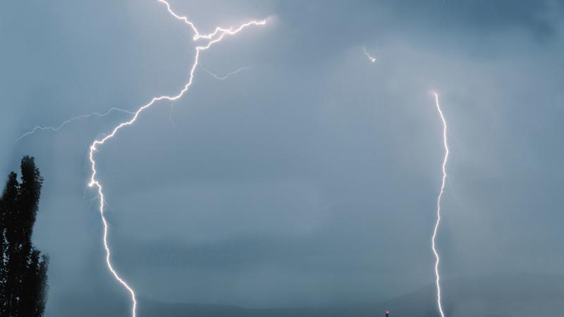 Per audrą Anglijoje žaibas nutrenkė vaiką