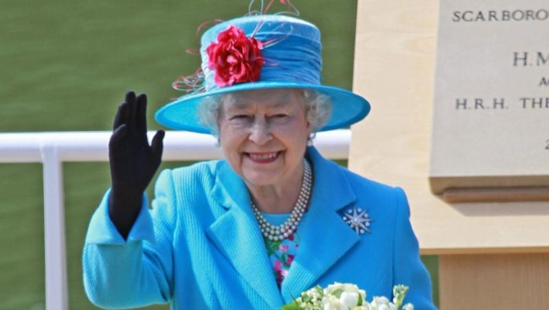 Elizabeth II karaliavimo 70-mečio minėjimo proga – keturių dienų ilgasis savaitgalis