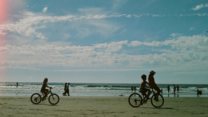 JK palengvino sąlygas keliauti vasarą – atnaujintas šalių sąrašas