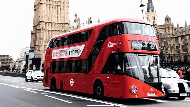 Nedėvintys veido kaukių JK galės būti išlaipinti iš traukinių bei autobusų