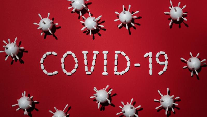90-metė moteris mirė užsikrėtusi dviem Covid variantais