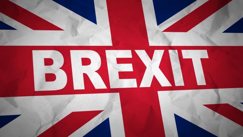 Atsakymo dėl JK nuolatinio gyventojo statuso vis dar laukia marios žmonių