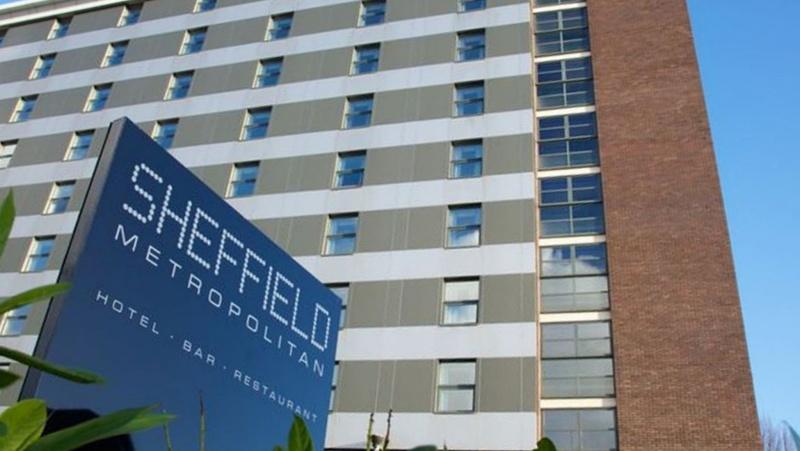Tragedija Sheffield'e – vaikas iškrito pro langą