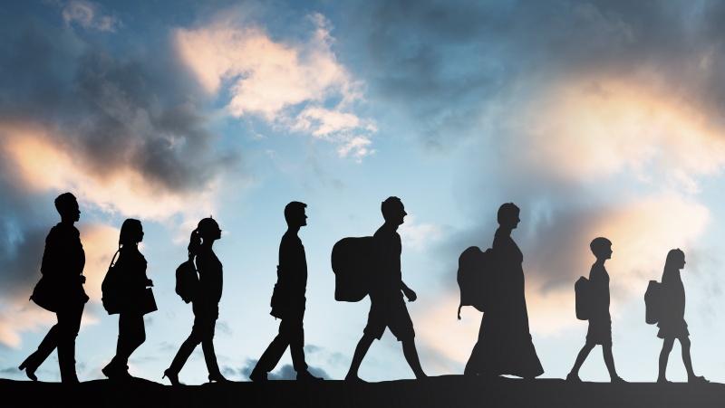 Lamanšo sąsiauriu į JK rekordiniais skaičiais plūsta migrantai