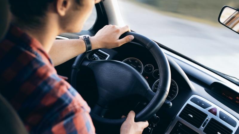 Nuo rugsėjo JK įsigalioja pokyčiai vairuotojams
