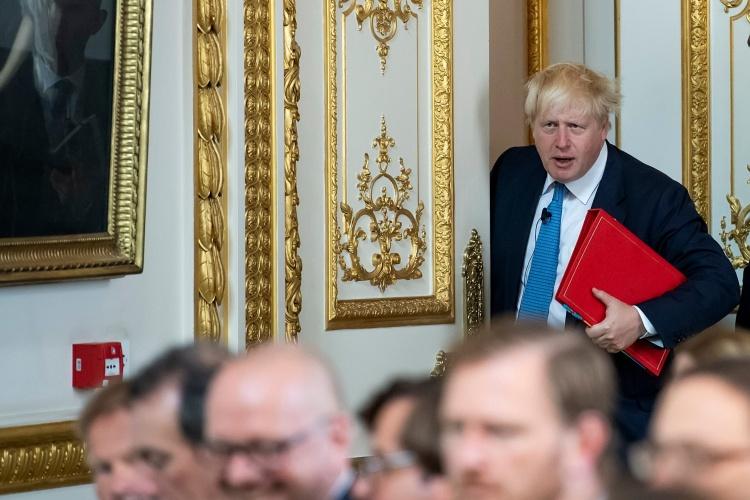 """JK Vyriausybė paskelbė """"planą B"""": kokie karantino apribojimai grįžtų"""