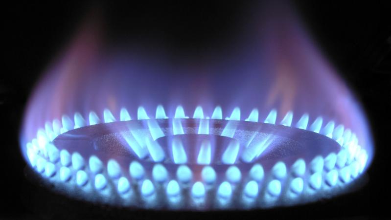 Dujų kainai JK pasiekus milžiniškas aukštumas – pažadai iš B. Johnsono