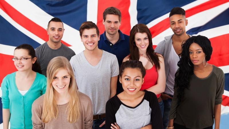 Jaunimo apklausa JK: pusė nori skiepytis nuo koronaviruso
