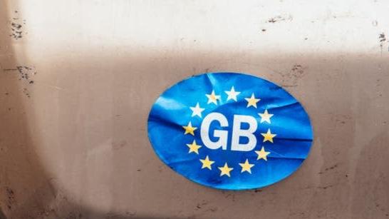 """""""GB"""" lipdukų ant automobilų atsisakymas - antausis išdidiems britams"""