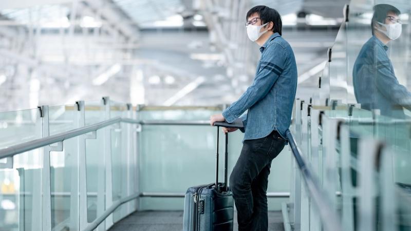 Anglija pakeitė COVID-19 taisykles: ką svarbu žinoti keliaujantiems