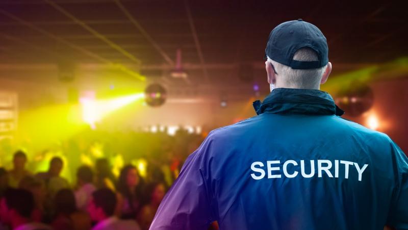JK kas penktas klubas priverstas užsidaryti ... dėl apsaugininkų stygiaus