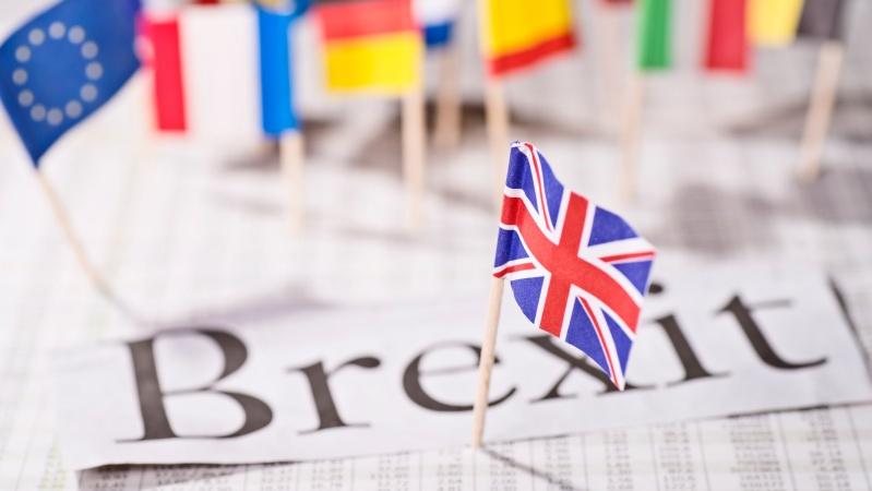 """Brexit"" ir toliau skaldo JK visuomenę – apklausa"