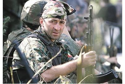 Abchazai puola Kodorio tarpukalnes, rusai – Gorį
