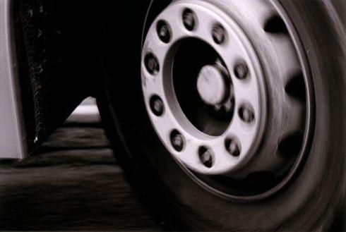 Autobusui, kuriuo važiavo lietuviai, patyrus avariją, vienas žmogus žuvo ir 60 sužeista