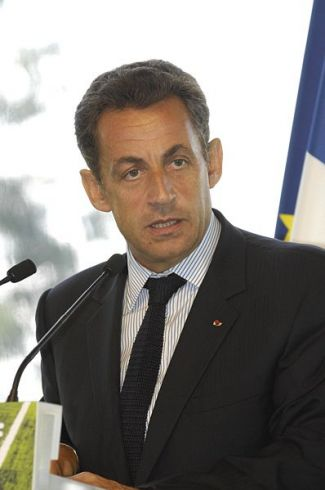 Izraelio puolimo atveju Iranui gresia katastrofa, perspėja Sarkozy