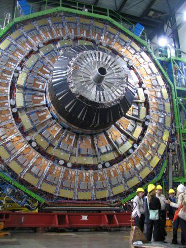 Didysis hadronų greitintuvas padės atskleisti Visatos paslaptis