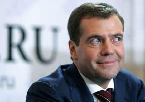 Medvedevas pažadėjo bankams likvidumą, Vakarams - atsaką į galimas sankcijas