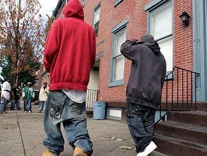 Draudimas nešioti apsmukusias kelnes yra nekonstitucinis, nusprendė JAV teisėjas