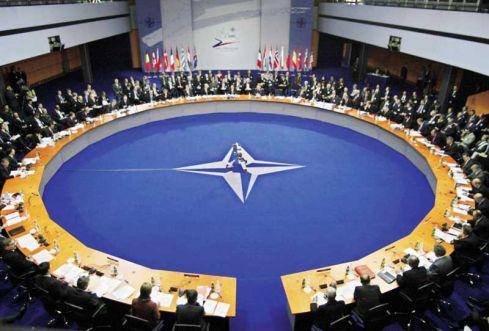 NATO aptars Rusijos ir Gruzijos konflikto karinius padarinius