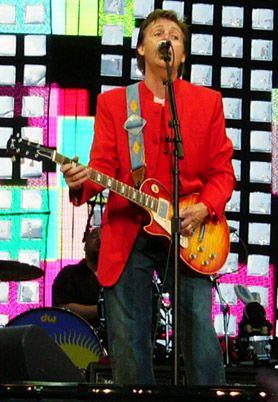 """McCartney Izraelyje surengs """"taikos"""" koncertą"""