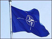 NATO aljansą ima skaidyti Baltijos šalių gynybos klausimas