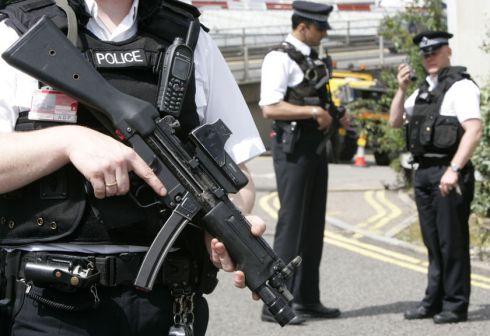 Kova su terorizmu užkabina ir lietuvius