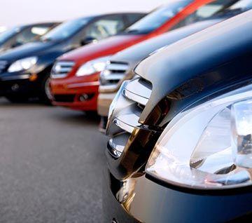 Automobilių pirkėjus mulkina sukčiai