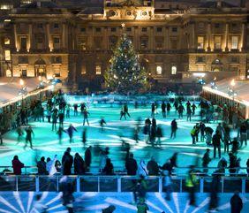 Geriausia pramoga prieš Kalėdas – ledo čiuožyklos