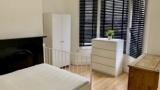 Nuolaida -  dvivietis kambarys už vienviečio kainą Stratford E15  / Canning Town E16
